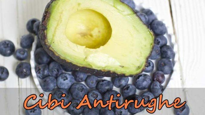 Cibi antirughe gli alimenti che fanno bene alla pelle antirughe naturale - Alimenti che fanno andare in bagno ...